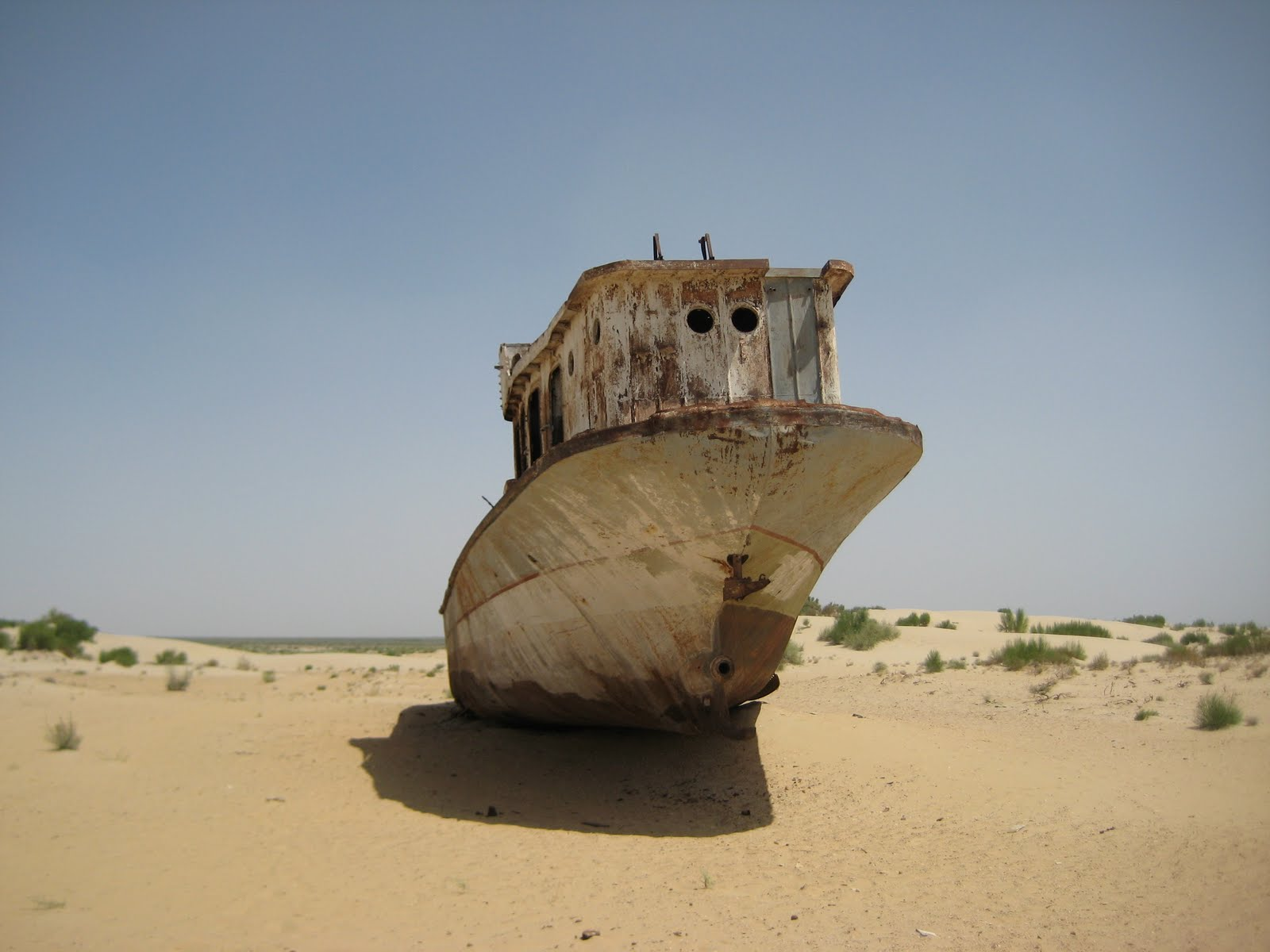 Click here for pictures of the Aral Sea.