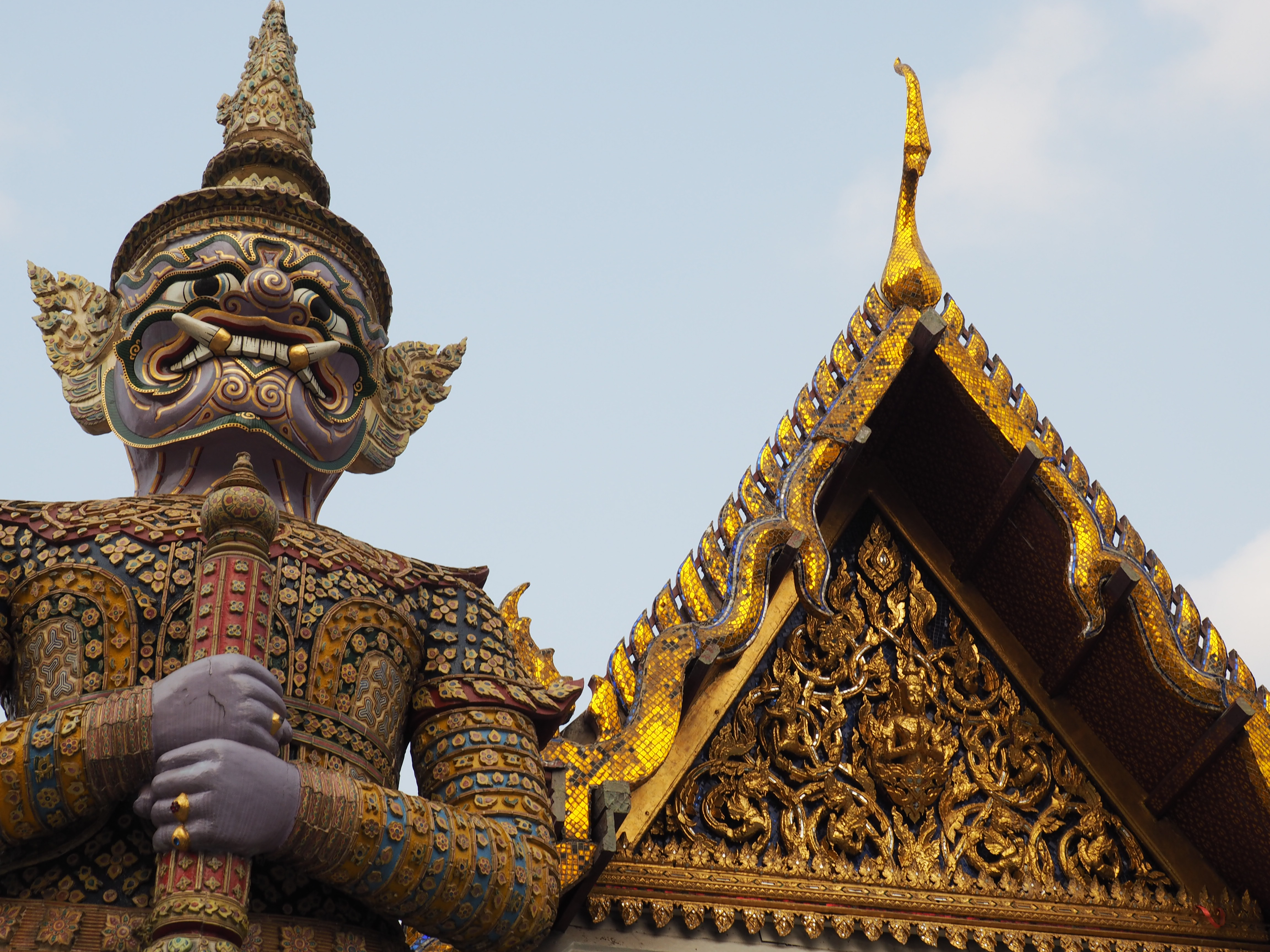 Click here for pictures of Bangkok.