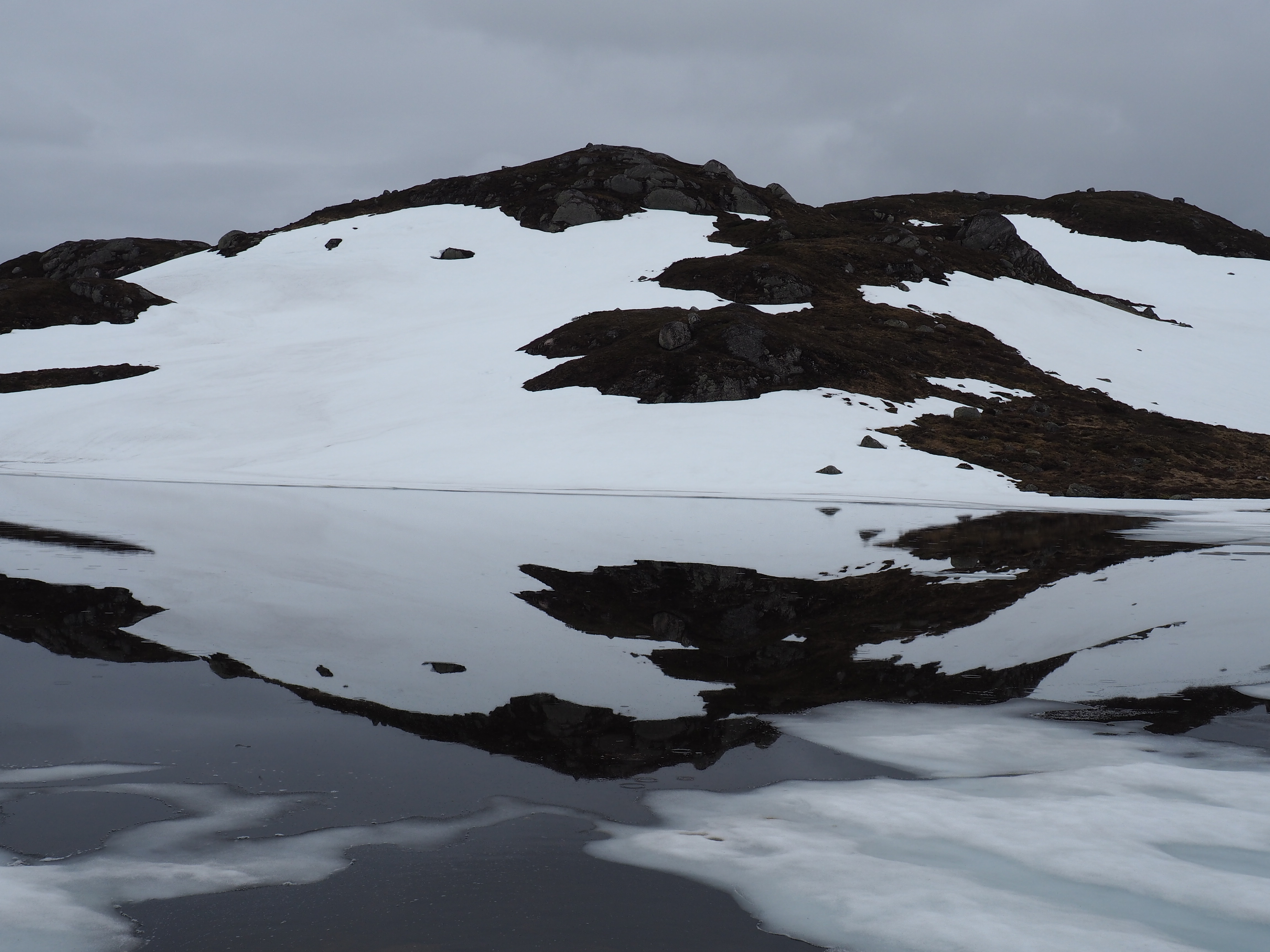 Click here for pictures of Norway's fjords.